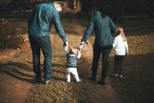 UDMR propune un set de legi menite să vină în sprijinul familiilor