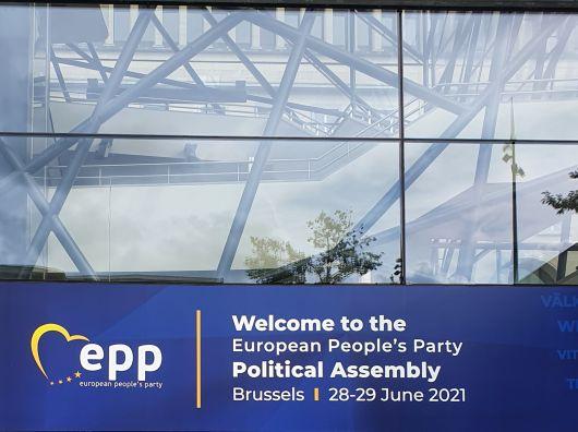 PPE trebuie să sprijine înfăptuirea aspirațiilor minorităților naționale