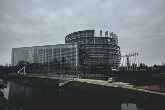 Europarlamentarii vor dezbate și adopta noi măsuri financiare pentru combaterea pandemiei de coronavirus