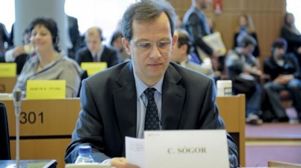 Csaba Sógor: UE să tragă la răspundere țările candidate cu privire la protecția minorităților