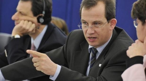 Problemele specifice ale minorităților naționale trebuie să fie incluse în discuțiile despre viitorului Europei