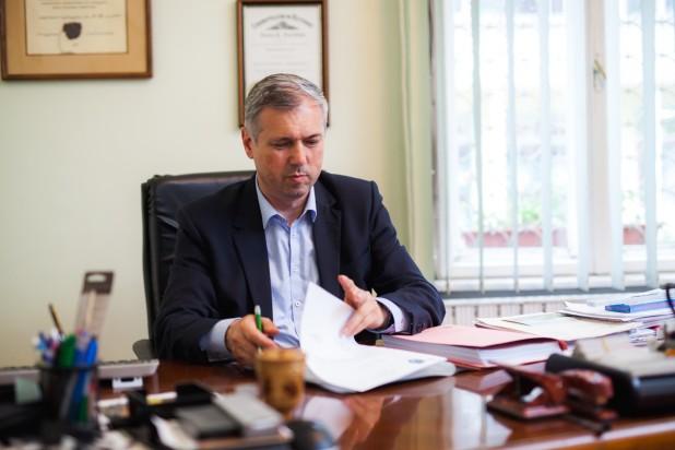O administrație județeană mai apropiată de cetățeni – este deviza noului președinte al Consiliului Județean Mureș, Péter Ferenc