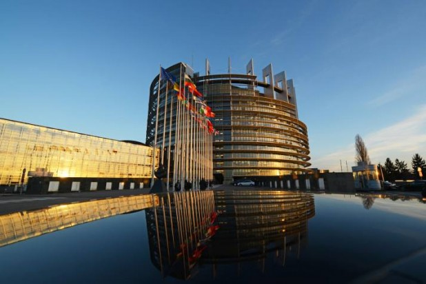 Membrii Parlamentului European susțin crearea unui mecanism care garantează democrația și statul de drept