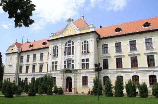 Poziția UDMR privind situația de la Liceul Teologic Romano-Catolic din Târgu Mureș