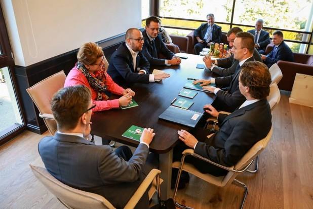 Delegația UDMR s-a întâlnit la Cluj cu ministrul de Externe al Ungariei, Szijjártó Péter – Este în interesul tuturor ca între România și Ungaria să existe un parteneriat, un dialog și relații economice puternice